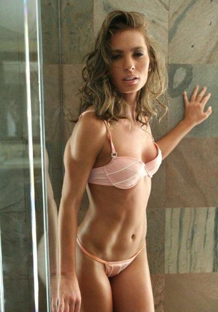 Gwiazda porno: Naomi Russell